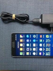 SAMSUNG GALAXY NOTE 3 32gig !!!COMME NEUF!!! DEVEROUILLER (nego)