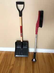 Snow shovel and brush/chisel - Pelle et brosse/brise-glace