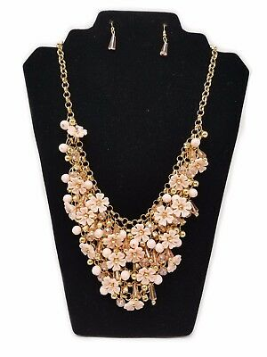 Women's Elegant Cocktail Set - Necklace and Earrings, Color Light Pink/Gold