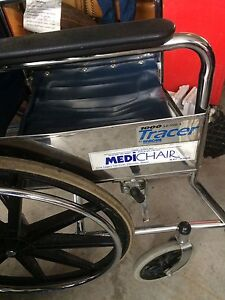 Tracer by Invacare 1000 series collapsible wheelchair Edmonton Edmonton Area image 2