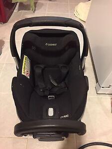 Maxi Cosi Prezi infant car seat.
