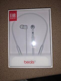 Beats X brand mew