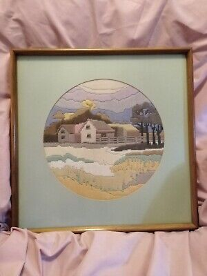 Vintage Shabby Chic Framed Needlepoint Tapestry Picture 16.5 x 16.5''