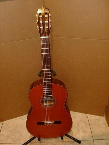 HERMANOS GODVINEZ CLASSICAL GUITAR MODEL G705,EXCELLENT SOUND VERY GOOD