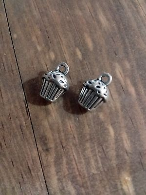 Cupcake Charms 3D Birthday Charms Pendants Antiqued Silver Cupcakes 10pcs