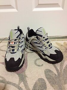 Brand New Brooks safety shoes