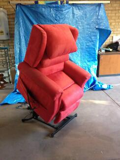 lift chair with massage Gooseberry Hill Kalamunda Area Preview