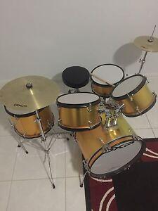 Kids drum set Harrington Park Camden Area Preview