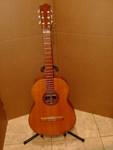 VINTAGE STRAUSS SOUTH AMERICA CLASSICAL GUITAR,GOOD SOUND..ONE OF A KIND RARE