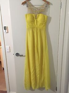 Yellow Evening Dress Size 8 Gladstone Park Hume Area Preview