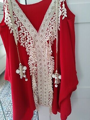 Ibiza, Marbs, tassel, pom pom, cold shoulder, boutique top. Freesize red