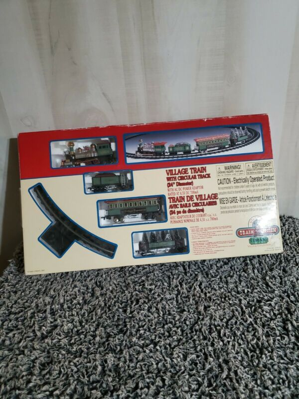Vintage Lemax Village Train 4 Cars Curved Track Speed Control Christmas 1999