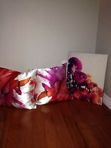 Two decorative pillows and canvass