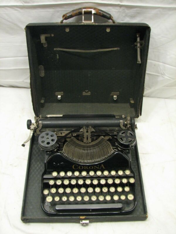 Antique 1924 Corona Four 4 (Pre-Smith) Portable Typewriter w/Case