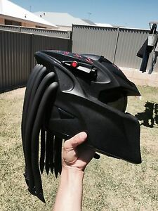 Predator Berserker Motorcycle Helmet Alkimos Wanneroo Area Preview