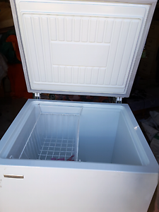 Westinghouse 210 lt tuckerbox freezer Temora Temora Area Preview