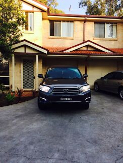 Toyota kluger kxr 2008 converted to 7 seater 4x4 Mount Druitt Blacktown Area Preview