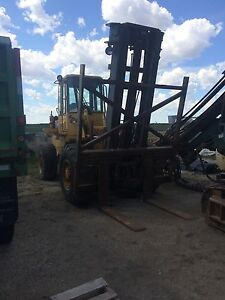 Caterpillar IT 28 forklift. Well maintained.