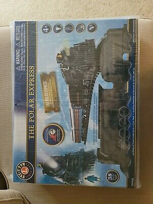 The Polar Express Lionel Train Set 712055 w/ Remote & Sound Christmas Train 38PC