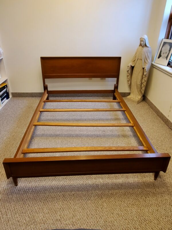 Vintage Mid-century Full/double Bed
