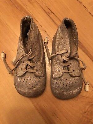 Baby Schuhe Erstlingsschuhe Schnürer um 1920 Leder Vollausstattung