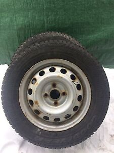 4 Goodyear Ultra Grip Ice with rims