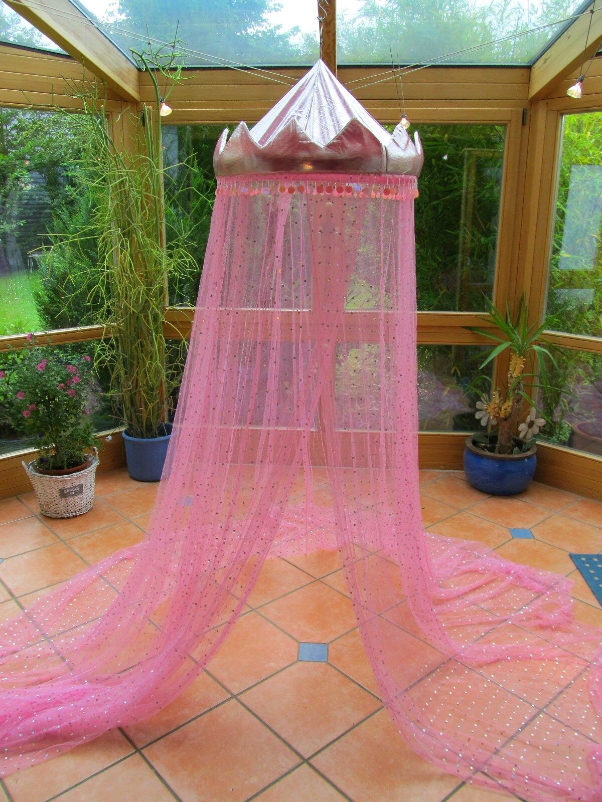 betthimmel baldachin spielzelt moskitonetz rosa krone. Black Bedroom Furniture Sets. Home Design Ideas