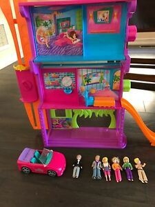 VINTAGE POLLY POCKET HOUSE AND DOLLS PLUS CAR