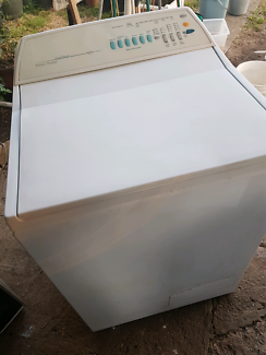 7.5 kg Fisher n paykel washer exc cond FREEdelivery