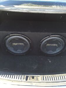 """Two 12"""" pioneer premier subwoofers in box Stratford Kitchener Area image 2"""