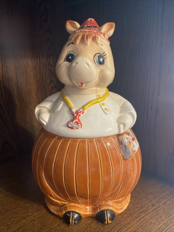 VINTAGE (FROM THE 40S) HORSE DOCTOR CERAMIC COOKIE JAR. MADE IN JAPAN. SO CUTE!!