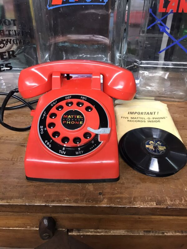 VINTAGE MATTEL O PHONE WITH 5 RECORDS 1965 TOY TELEPHONE
