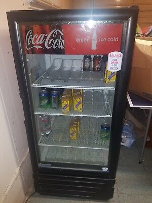 True Imbera Beyond Cooling Vr10 -26 26 Cu. Ft. Commercialcoca Cola Refrigerator