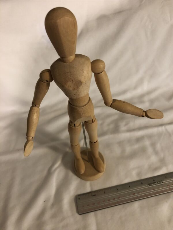 Wooden Jointed Posable 12-inch Doll Mannequin Model for Painting Drawing Sketch