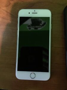 iPhone 6s - 32gb - Like New - Tbaytel/Rogers - Life Proof Case