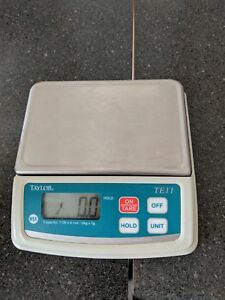 Subway food scale
