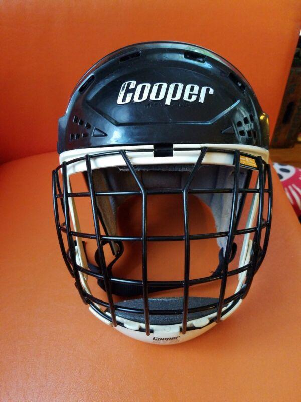 Vintage Cooper XL7 Hockey Helmet !!!