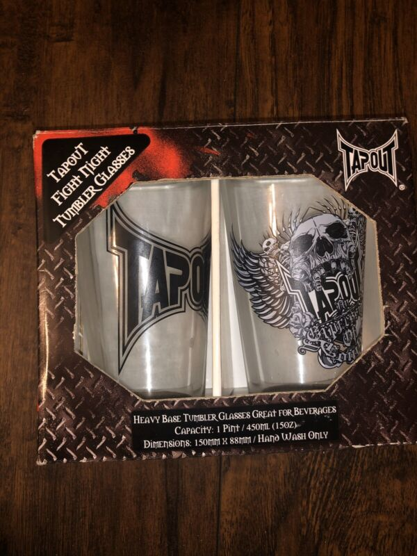 UFC/WWE  MMA TapOut Pint Glasses Fight Night Tumbler Skull