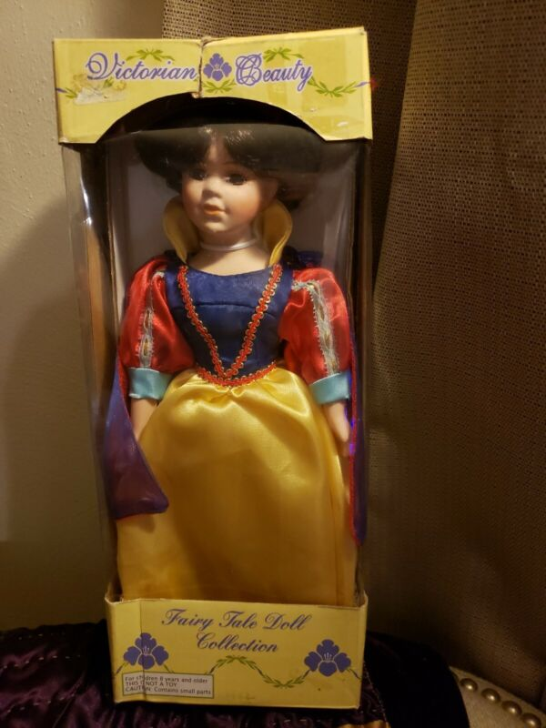 Victorian Beauty Fairy Tale Doll Collection - Snow White Doll w/Box & Stand