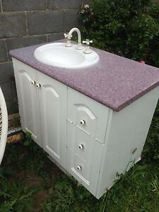 Vanity unit-give away New Norfolk Derwent Valley Preview
