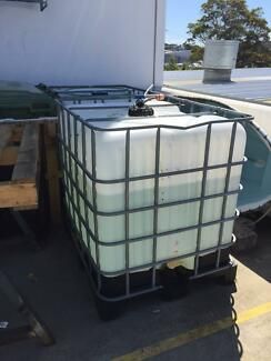 IBC 1000 liter water tank used for water only Brookvale Manly Area Preview