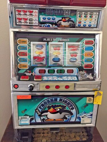 """FROZEN NIGHTS"" Pachislo Pachi Slot Machine"