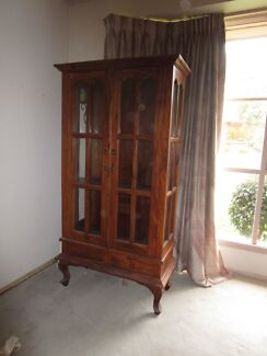 GLASS DISPLAY CABINET Greensborough Banyule Area Preview