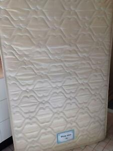 Single bed mattress excellent condition South Penrith Penrith Area Preview