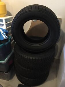GENERAL GRABBER  ARTIC LT TIRES