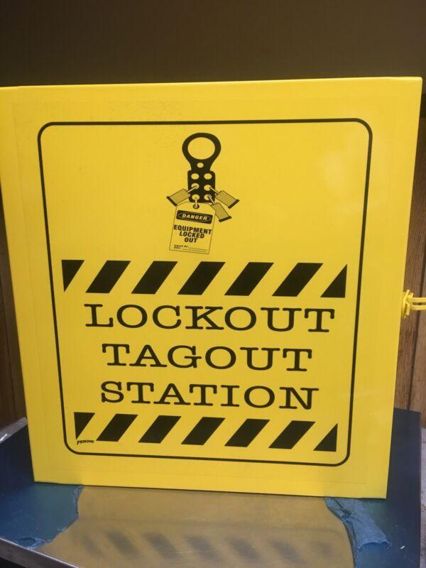 "BRADY LC252M Lockout Station, Unfilled, 16"" x 14""."