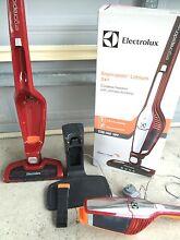 Electrolux Ergorapid 18v 2 in 1 cordless vacuum Caloundra Caloundra Area Preview