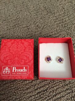 New Silver and amethyst stud earrings