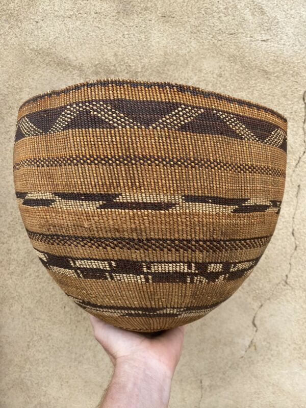 """large Antique Pomo Native American twined basket 10"""" x 12"""""""