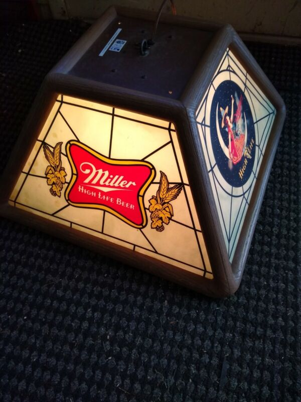 Vintage 1982 Miller High Life Beer Light